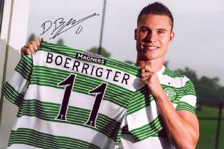 Derk Boerrigter, Glasgow Celtic, signed 12x8 inch photo.